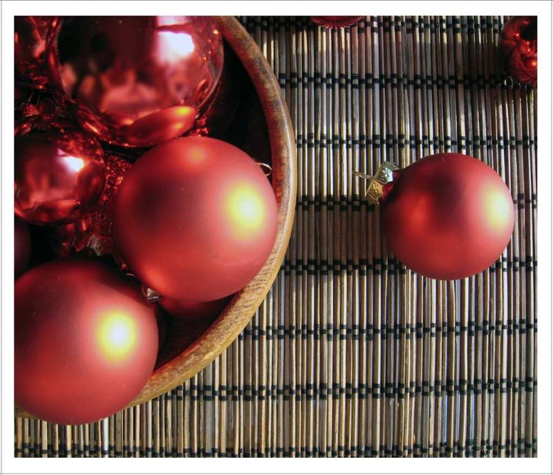 Red Shiny Christmas Ornaments