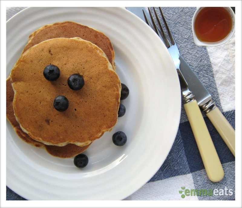 Whole Wheat Banana Flax Pancakes