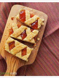 Apricot Tart Squares | Baracslekvaros Racsos | EmmaEats