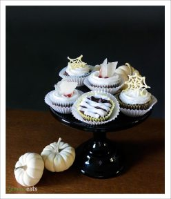 Spooky Halloween Cupcakes [Vegan] | EmmaEats