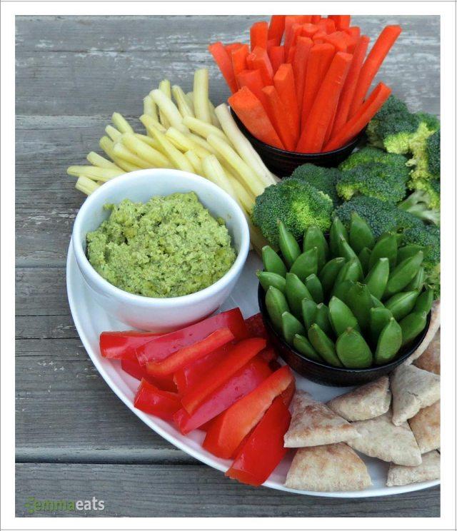 Easy Edamame Dip [Vegan] | EmmaEats