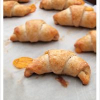 Easy Cheesy Spelt Crescent Rolls