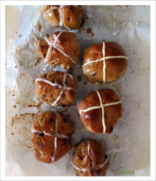 Hot Cross Buns, Vegan and Traditional | EmmaEats