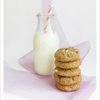 White Chocolate Cinnamon Cookies